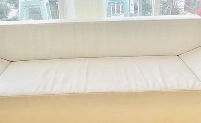 Design Within Reach Faux Leather White Couch for Sale in Los Angeles,  CA