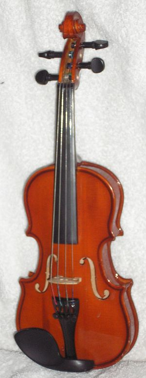 1/16 Violin Outfit for Young Child or Neonate for Sale in Greenville, DE