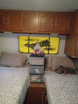 RV trailer 37 Ft. Sprindale 2005 very good condition for Sale in Miami, FL