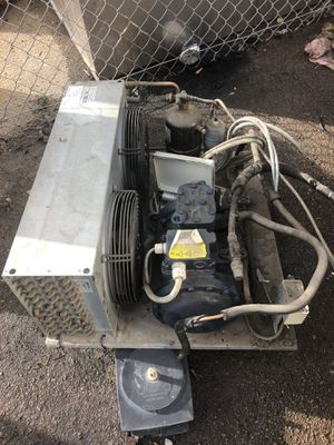 Comercial compressor 220 volts 404 Freon for Sale in San Diego, CA