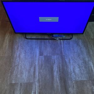 "Element 32"" LCD W/ Universal Remote for Sale in Frisco, TX"