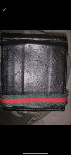Men Gucci wallet for Sale in Westville, NJ