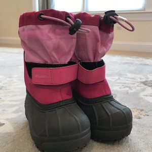 Girl Colombia Powderbug Snow Boots (Kids Size 7) for Sale in Hudson, MA