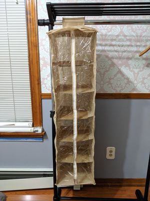 Closet organizer with Zipper for Sale in Philadelphia, PA