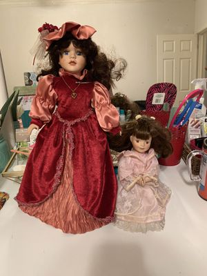 Beautiful antique porcelain dolls for Sale in Round Rock, TX