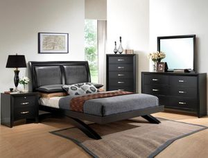 4-Pc Black Platform Queen Bedroom Set for Sale in Fresno, CA