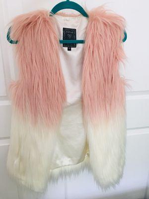 Fur vest for Sale in Auburn, WA