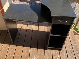 Black desk for Sale in Strongsville, OH