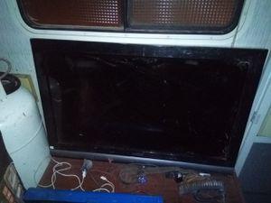 32* flat screen for Sale in Littlerock, CA