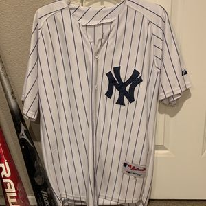 Yankees Jersey for Sale in Jurupa Valley, CA