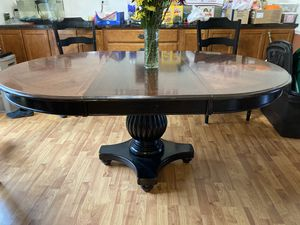 FREE! Kitchen table 70x48 with leaf. 48x48 without leaf. No Chairs for Sale in Palos Hills, IL