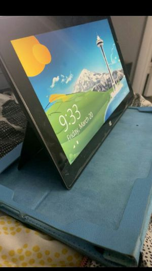 MICROSOFT SURFACE RT 32 GB GOOD CONDITION, WORKING GREAT for Sale in Los Angeles, CA