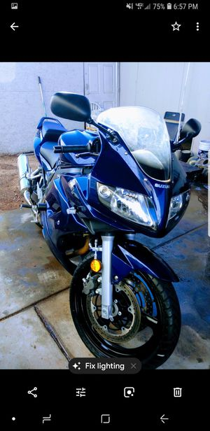 2008 Motorcycle suzuki sv650 for Sale in Phoenix, AZ