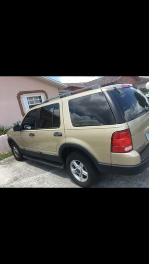 Ford Explorer XLT 4X4 for Sale in Miami, FL