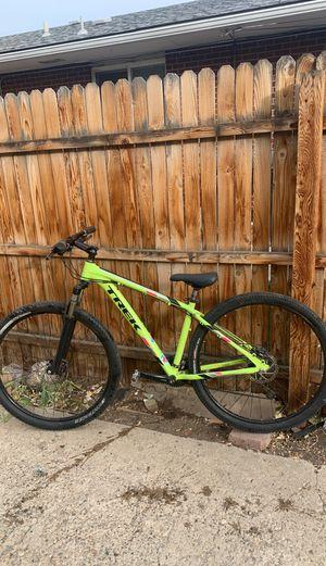 Mountain bike trek marlin 7 for Sale in Lakewood, CO