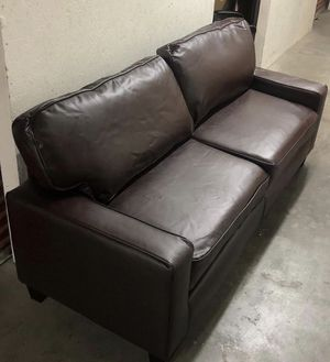 Couch 🛋 🛋 for Sale in Las Vegas, NV