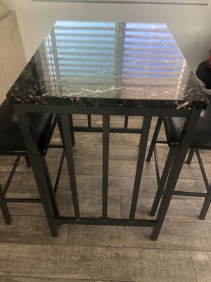 Bar table with 2 stools for Sale in Ontario, CA