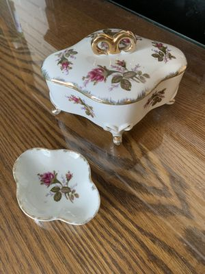 Jewelry box and ring tray set for Sale in Lexington, NC