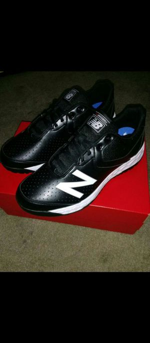 New Balance V3 Low Cut Umpire Base Shoes for Sale in Riverside, CA