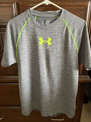Men's Under Armour Running Gym Shirt for Sale in Tampa, FL
