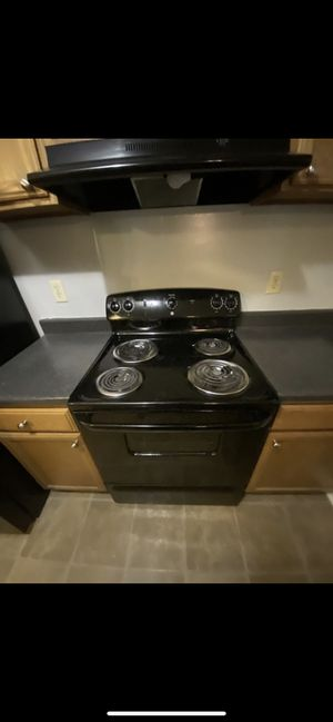 Range (stove) for Sale in Raleigh, NC