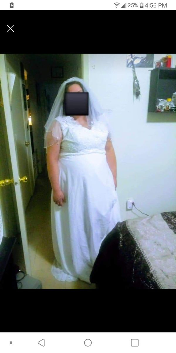 New plus size wedding dress