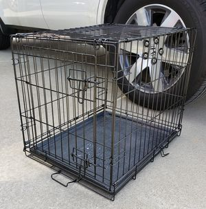 Small to Medium Dog , animal Cage crate for Sale in Clarksville, TN