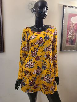 Speechless Shift Dress yellow floral Size Small S Junior Lace Crewneck for Sale in Annandale,  VA