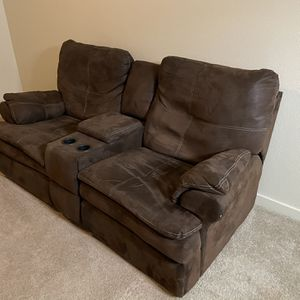 Free Couches for Sale in Molalla, OR