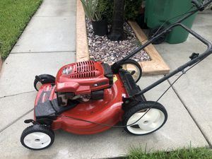 Red toro bull recycler lawn mower self propel works perfect in excellent condition very powerful for Sale in Miramar, FL