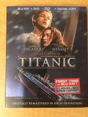 Titanic Blu-Ray + DVD + digital copy for Sale in Dearborn Heights, MI