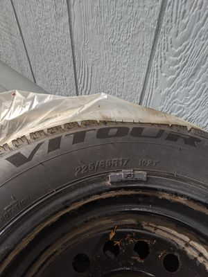 225/65R17 for Sale in Gresham, OR