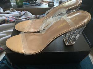 FashionNova Heels Rose Gld/ Clear Sz 11, MAKE ME AN OFFER, pick up today, IM MOVING! for Sale in Washington, DC