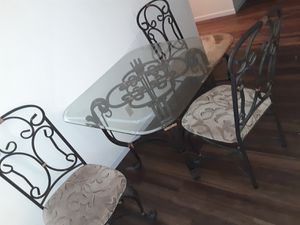 Dining table and chairs for Sale in Wood River, IL