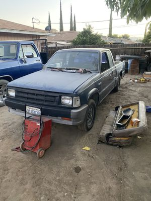 1989 Mazda b2200 parting out for Sale in Avenal, CA
