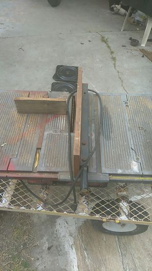 """Craftsman 2.5hp 10"""" Table Saw for Sale in North Fort Myers, FL"""