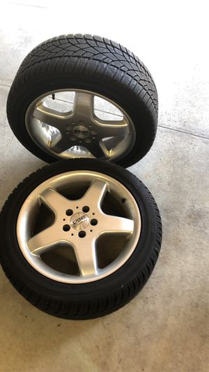 Sport edition rims with Dunlap tires for Sale in Livonia, MI