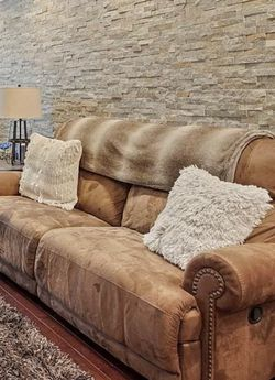 Couch And Loveseat for Sale in Philadelphia,  PA