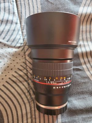 Rokinon 85mm f1.4 for Sale in Fallbrook, CA