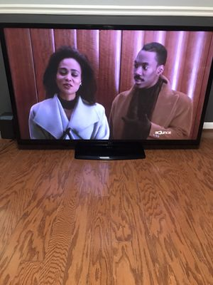 """60"""" LG Flat Screen Tv. Smart Tv capable for Sale in Washington, DC"""