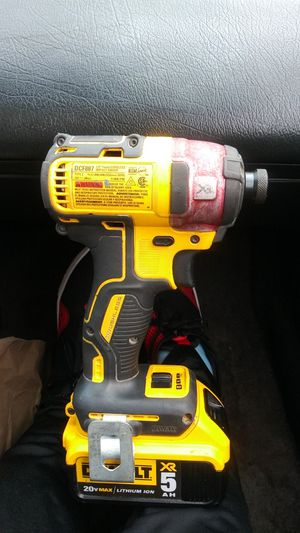 DEWALT 20-Volt MAX XR 1/4 Inch variable speed Brushless Cordless Impact Driver for Sale in Tacoma, WA