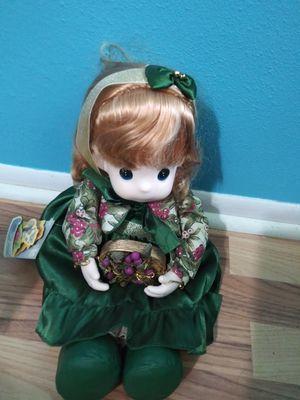 Precious Moment doll Winter Whitney for Sale in Orlando, FL