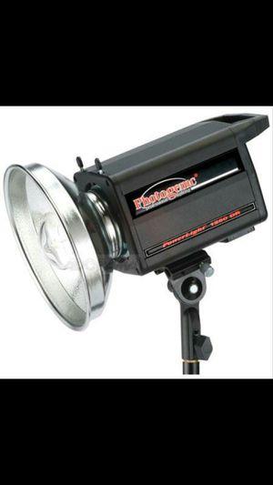 Photogenic powerlight 1250DR 500 WS WITH DIGITAL DISPLAY for Sale in Yakima, WA