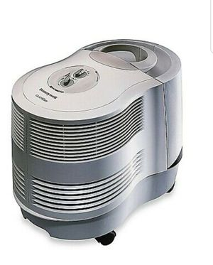 Honeywell console humidifier brand new for Sale in Salida, CA
