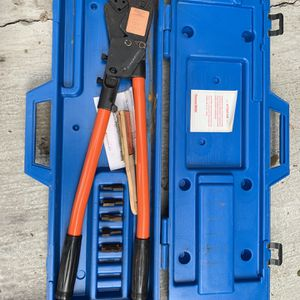 Clams Electric Like New $200 for Sale in Houston, TX