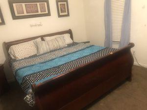 King Bedroom Set for Sale in Lawrenceville, GA