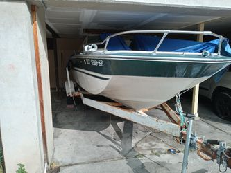 Boat 350 motor. Seats 8 people for Sale in South Ogden,  UT