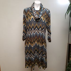 Robert Lewis dress with pockets and scalf for Sale in Powder Springs, GA