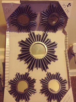 Wall Decor little mirrors. for Sale in Wichita, KS