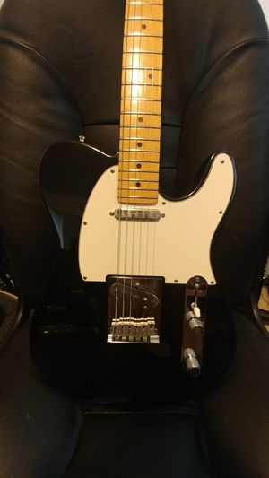 American Fender Telecaster in mint condition for Sale in DuPont, WA